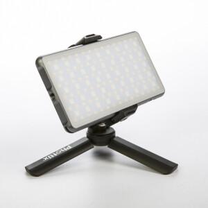 Накамерная светодиодная RGB панель 10Вт 3200K-5600K с аккумулятором и мини-штативом Phottix (81419) M200R RGB Light